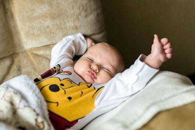 Le bébé signes : pourquoi s'initier à la communication par les signes avec Bébé?