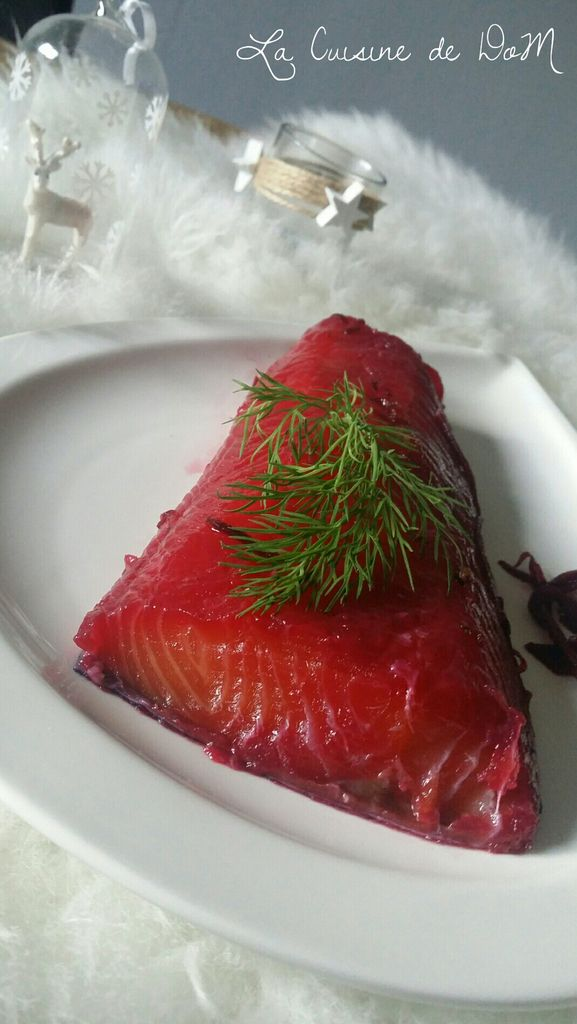 SAUMON GRAVLAX BETTRAVE ET VODKA
