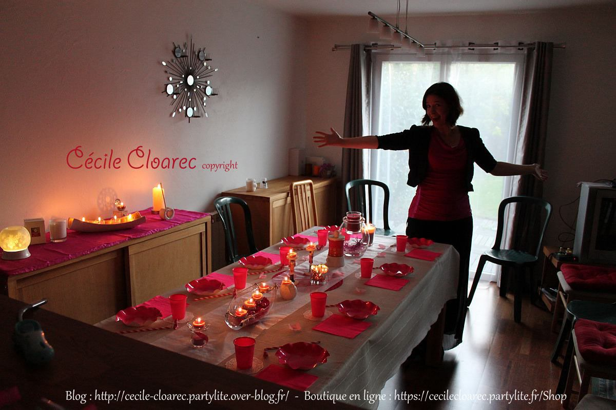 Vidéo YouTube : Idée déco de table, tout en rose