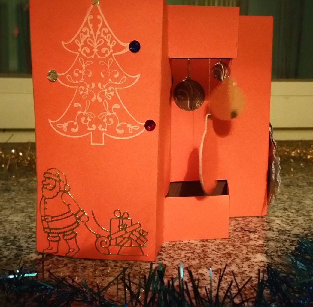 Carte&#x3B; Noël&#x3B; Fait maison&#x3B; Femme&#x3B; Chic&#x3B; Fleur 3D&#x3B; Boules&#x3B; Nuit étoilée&#x3B; Sapin&#x3B; Accordéon.