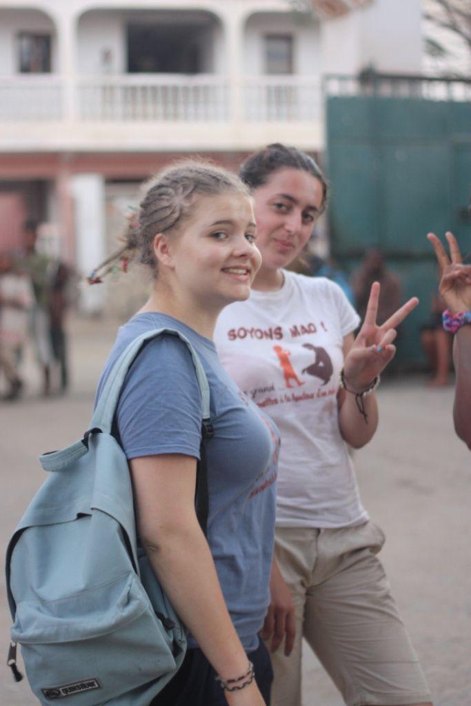 SERVICES - échanges - rencontres - amitiés fortes intergénérationnelles autant qu'interculturelles ! BRAVO les MAD 2016 !