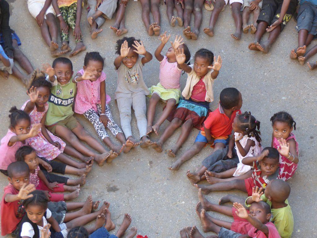 JOIE DE SE METTRE Â LA HAUTEUR DE L'ENFANT ! Notre devise MAD2016...