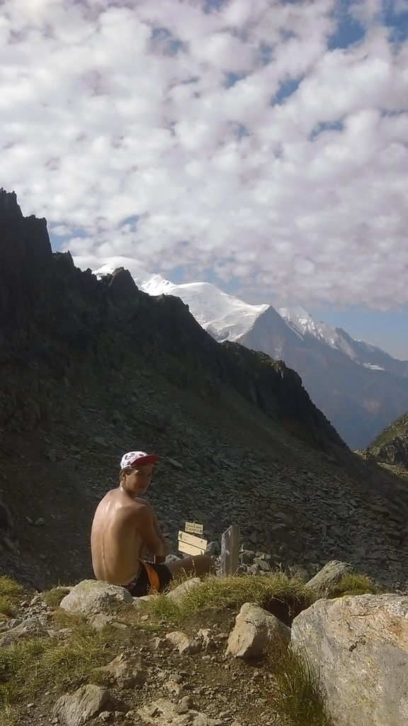 1° photo : pendant notre  ascension du col de la Glière - Au col de la Glière, la 3° photo montre notre itinéraire de montée