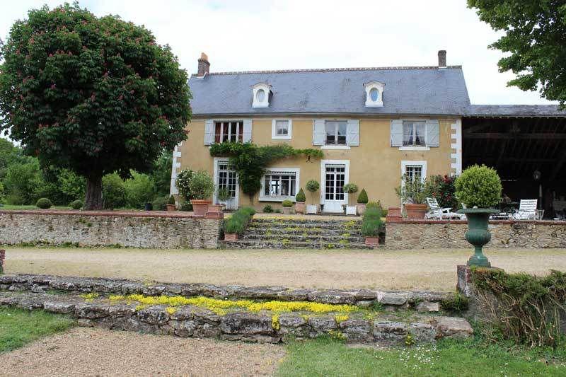 Chambres d'Hôtes à Vaas &quot&#x3B;Prieuré de Montsureau&quot&#x3B;