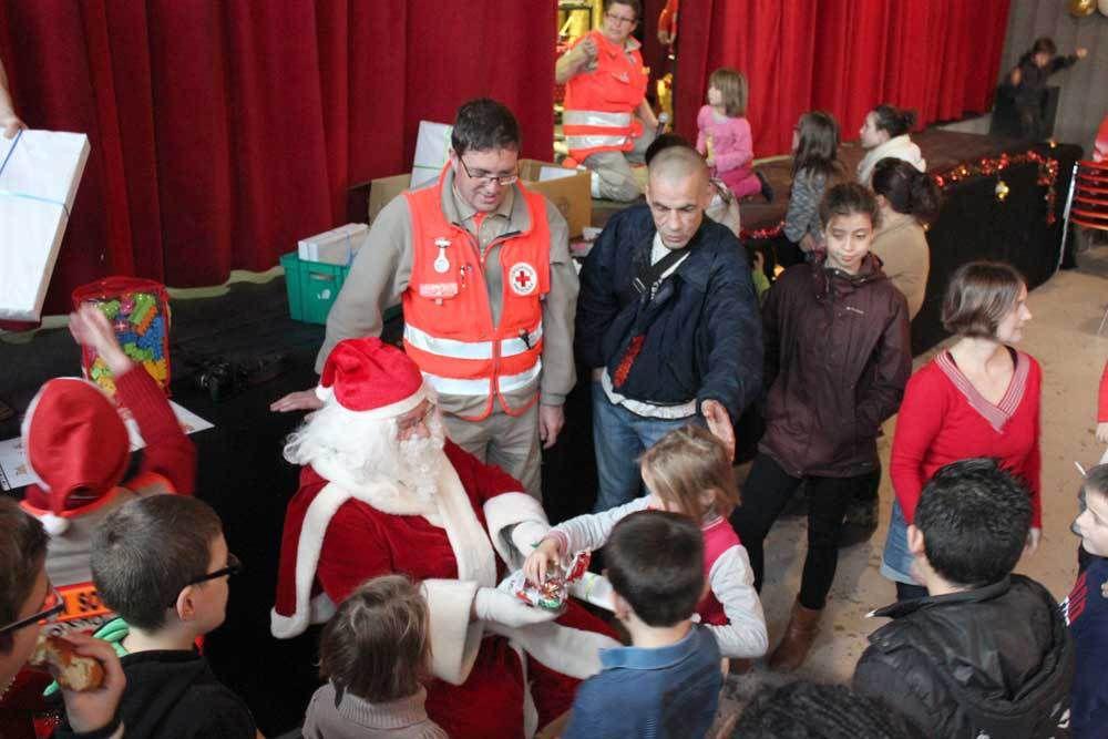 110 personnes au Noël de La Croix-Rouge