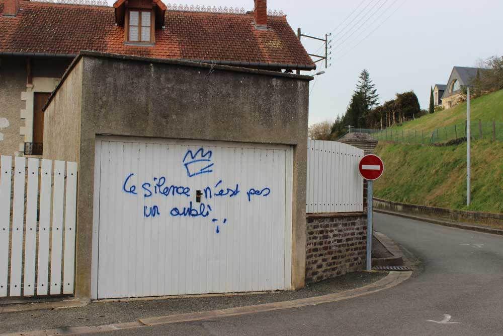 Château-du-Loir était une petite ville tranquille ...
