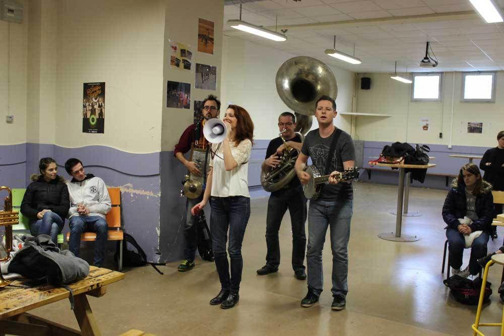 &quot&#x3B;The Sassy Swingers&quot&#x3B; au Lycée Technique aujourd'hui