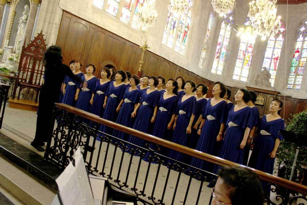 La chorale Hongfengying à Saint-Guingalois