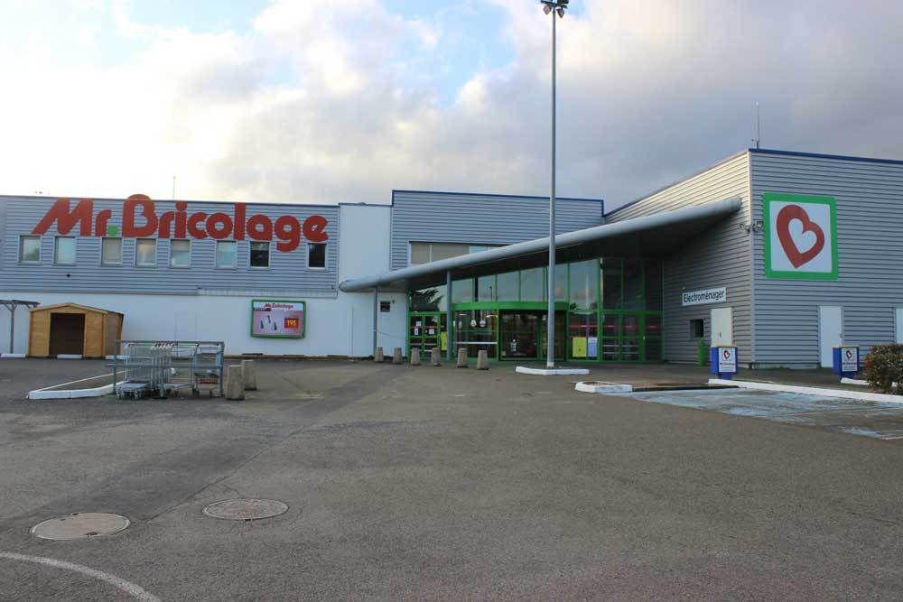 Le magasin &quot&#x3B;Mr Bricolage&quot&#x3B; fermera en 2017