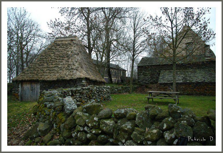 Le petit village de Moudeyres (Haute Loire)