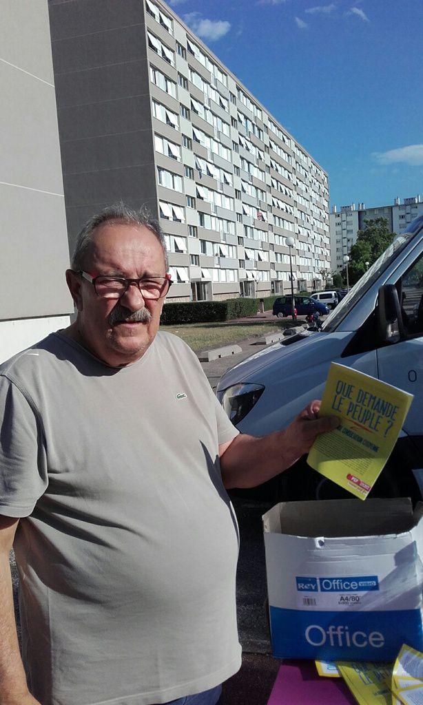 A Pierre Bénite (69) initiatives avec la consultation citoyenne &quot&#x3B;Que demande le peuple&quot&#x3B;
