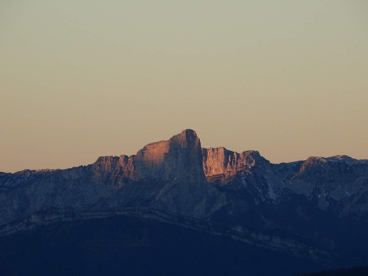 Le Mont Aiguille........................