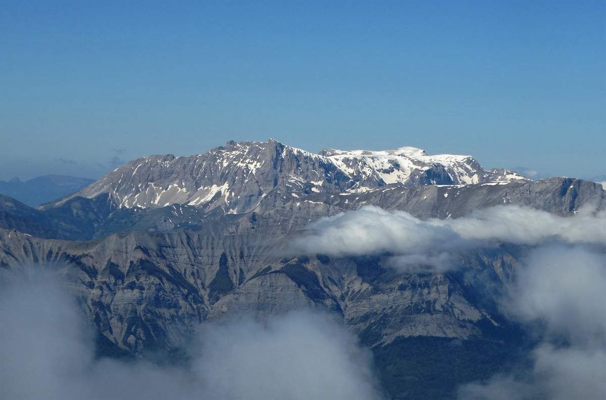 Le Pic de Bure et son Plateau...............
