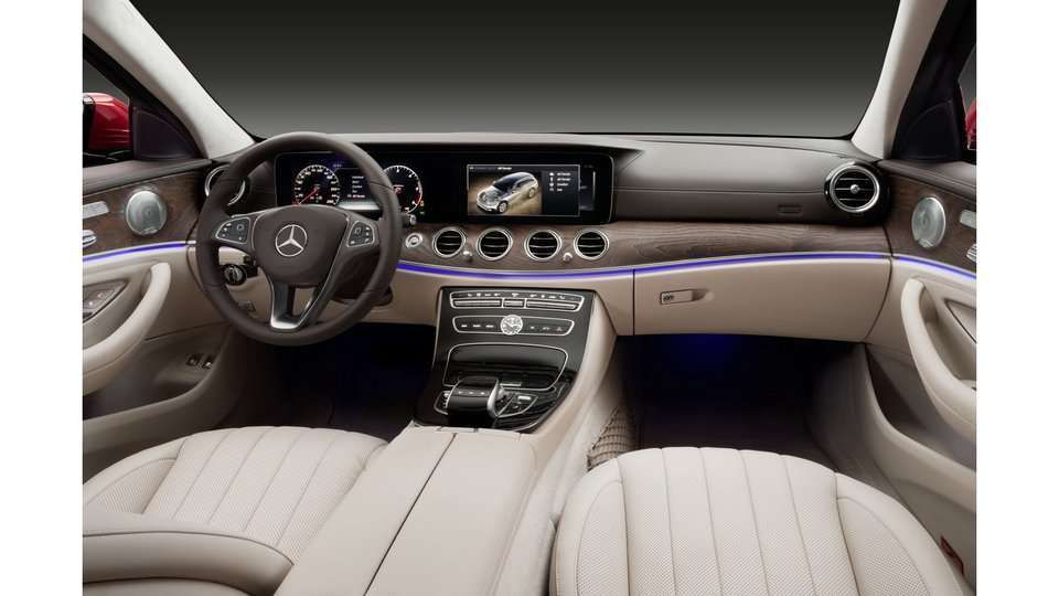 La nouvelle mercedes classe e all terrain 2017 le for Classe e interieur 2016