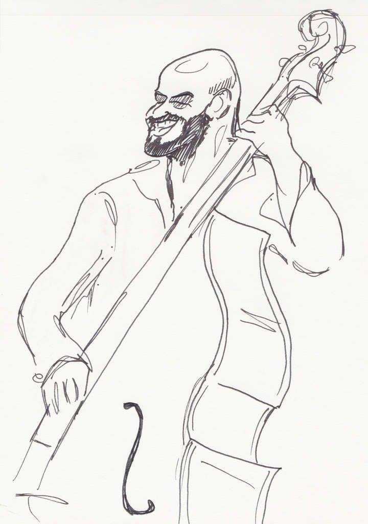 Maurizio, contrebasse.