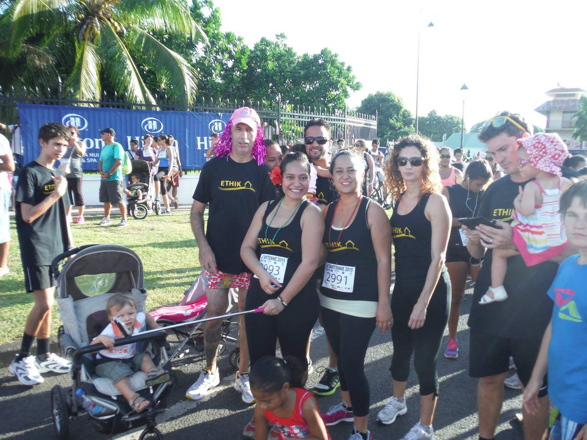 course de la Tahitienne … pour la bonne cause avec les collègues de travail de Maman