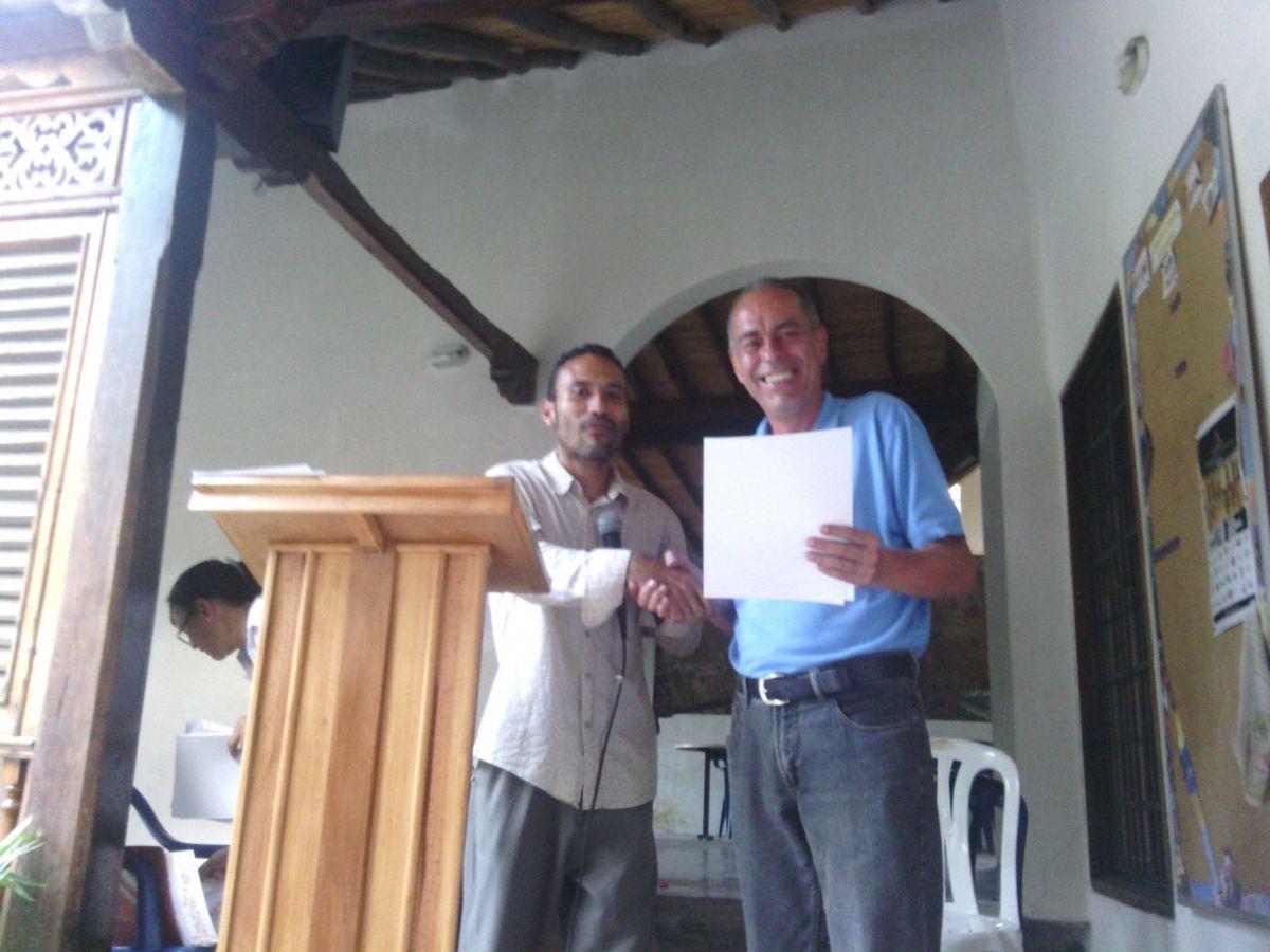 ENTREGA DE CERTIFICADOS  Y RECONOCIMIENTOS  A PARTICIPANTES DE LOS TALLERES DE PATIOS SOCIOPRODUCTIVOS.......VEREDICTO I CONCURSO DE PATIOS SOCIOPRODUCTIVOS POESÍA ECOLÓGICA....ONG VERDÍN DE ORIENTE - MINISTERIO DE LA CULTURA GABINETE ESTADAL SUCRE.