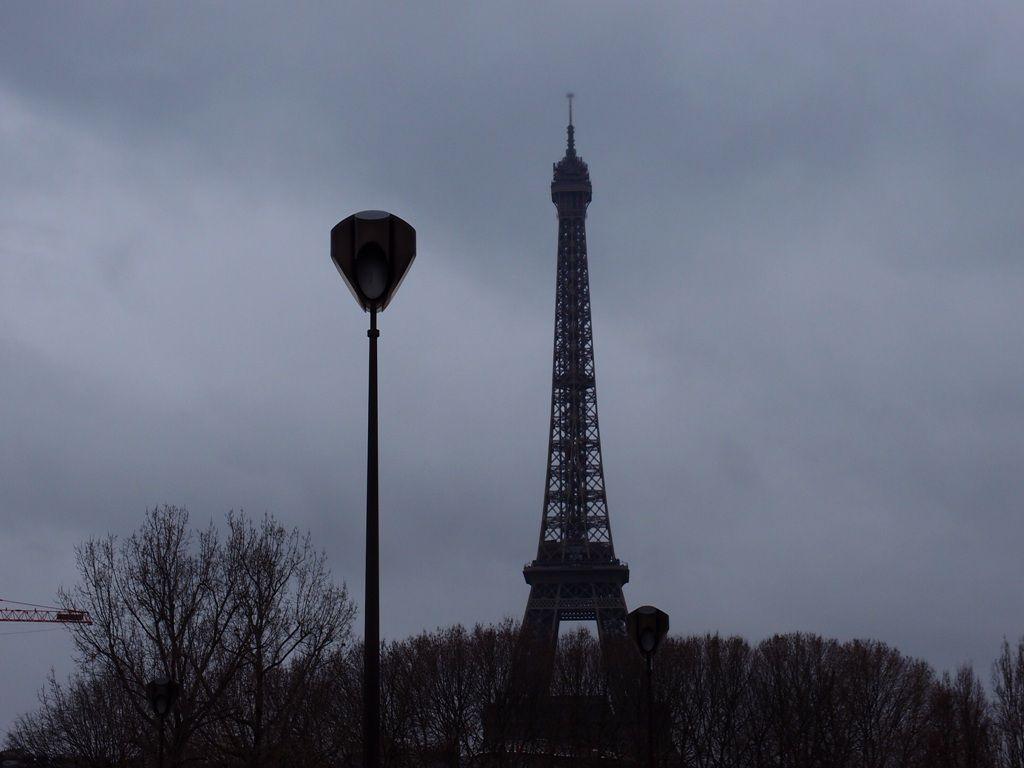 Patinoire avec vue au premier étage de la Tour Eiffel