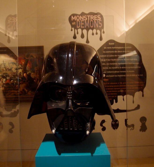 Le masque de Dark Vador à la Petite Galerie du Louvre