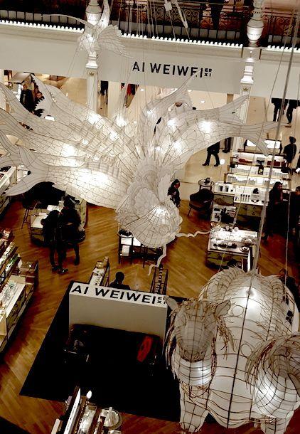 Les installations de Ai Weiwei au Bon Marché