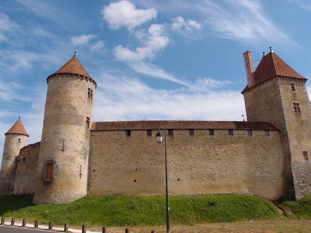 Château de Blandy-Les-Tours en Seine et Marne