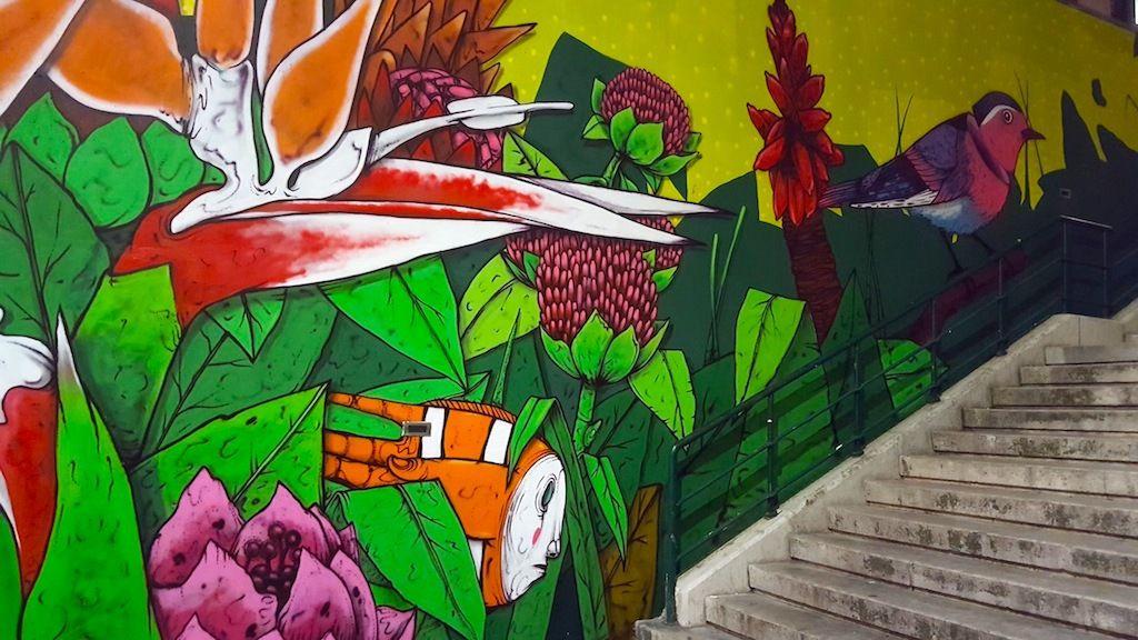 Un mural en descendant du Castelo de São Jorge