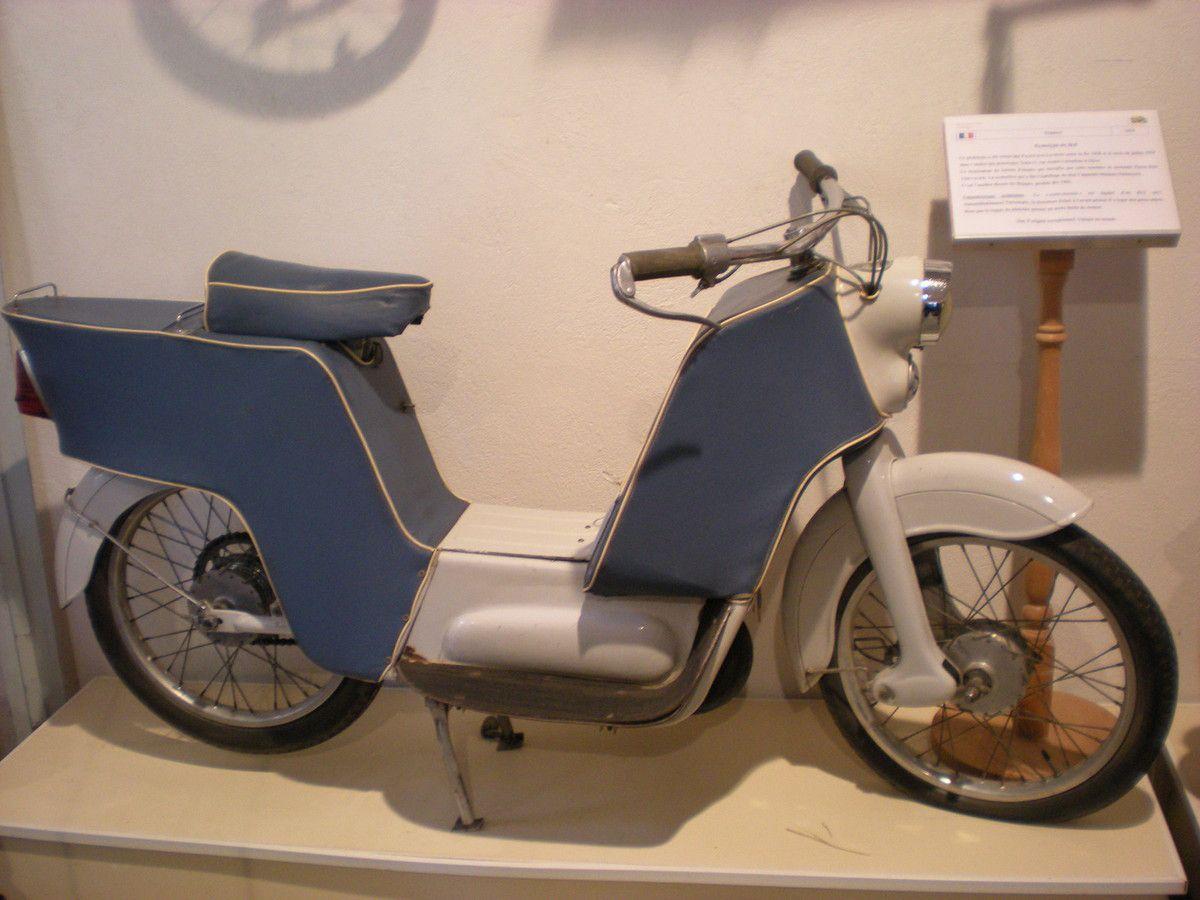 Autos motos anciennes dans les prochains jours à Avignon, et plus précisément dimanche 8 mars 2015