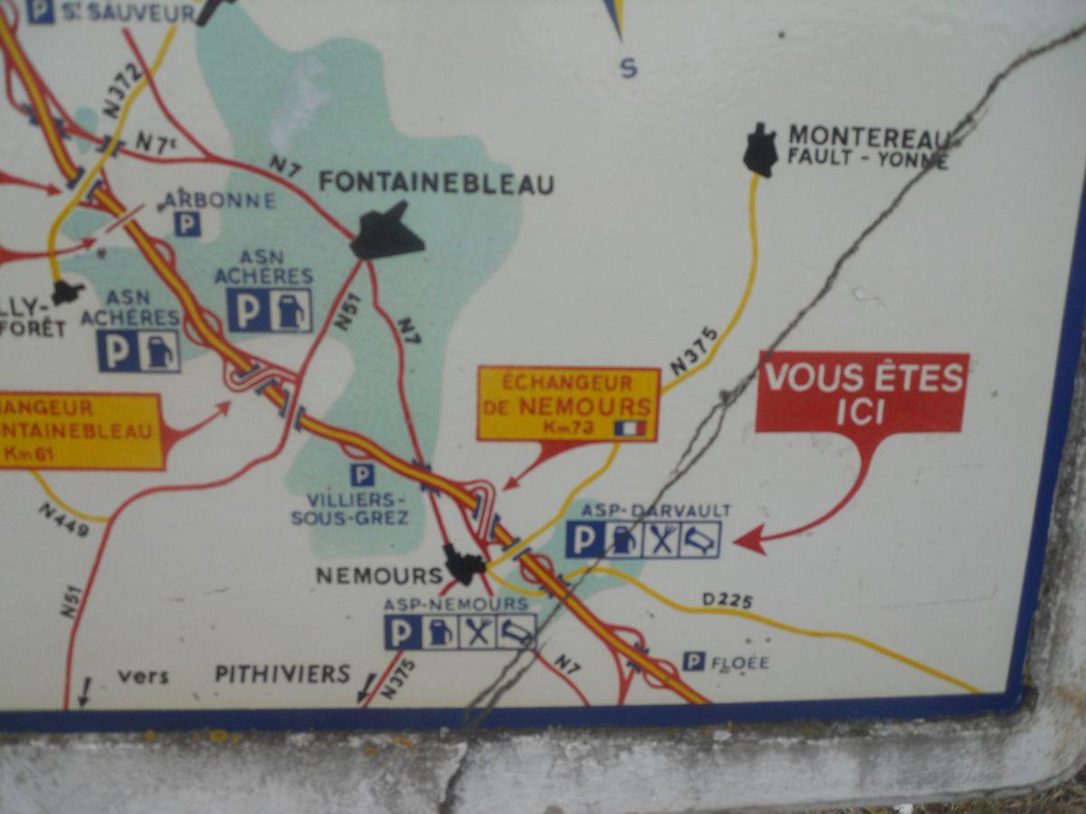 PANNEAUX MICHELIN SUR L'AUTOROUTE A6