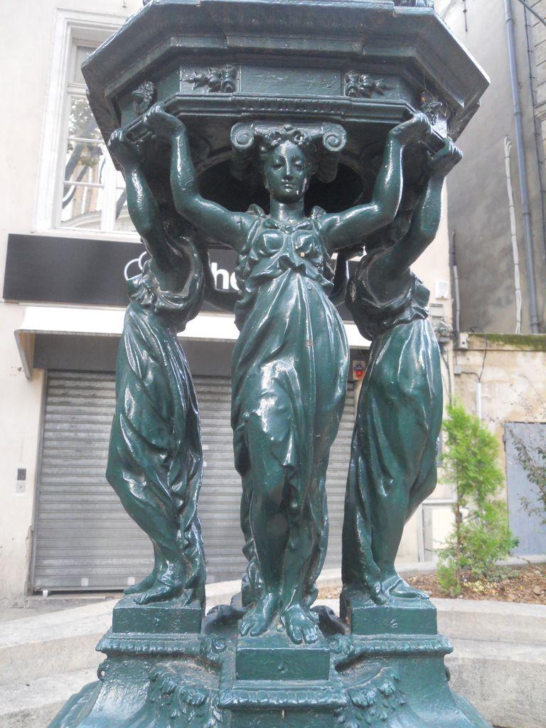 Fontaines Wallace et Colonne Morris, pas qu'à Paris !