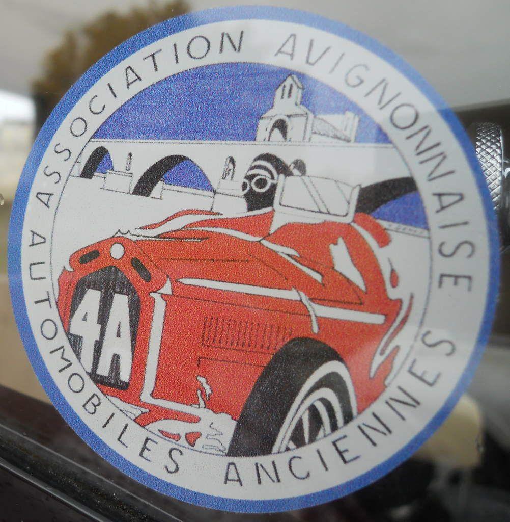 Réunion d'automobiles anciennes à Avignon (84) dimanche 12 JUIN 2016 véhicules anciens,  AUTOS, MOTOS et SCOOTERS et aussi de véhicules SPORTIFS et D'EXCEPTION.