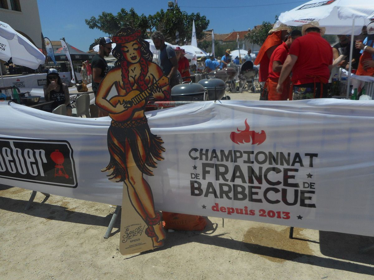 Voitures anciennes  LES RENDEZ-VOUS DE LA REINE en Camargue  - CHAMPIONNAT de FRANCE de BARBECUE 2016