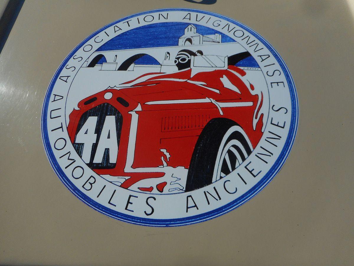 Réunion mensuelle d'automobiles anciennes à AVIGNON Dimanche 9 OCTOBRE 2016