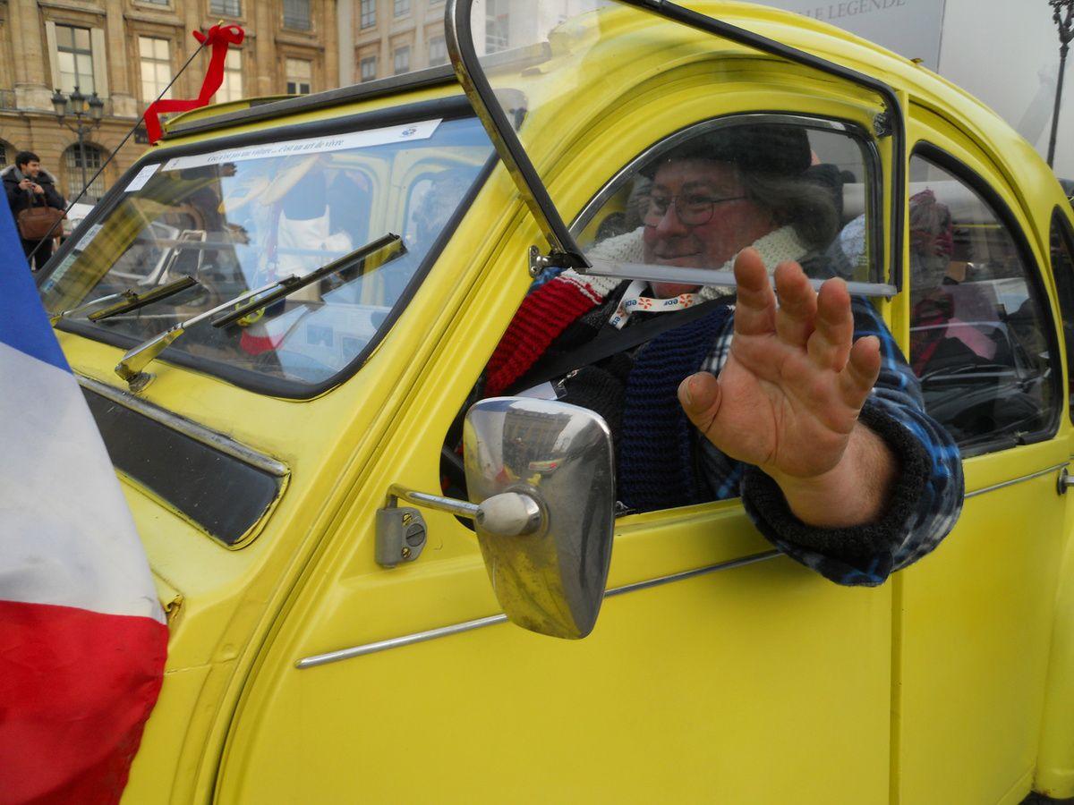 PHOTOS et FILM de la traversée de Paris du 8 JANVIER 2017
