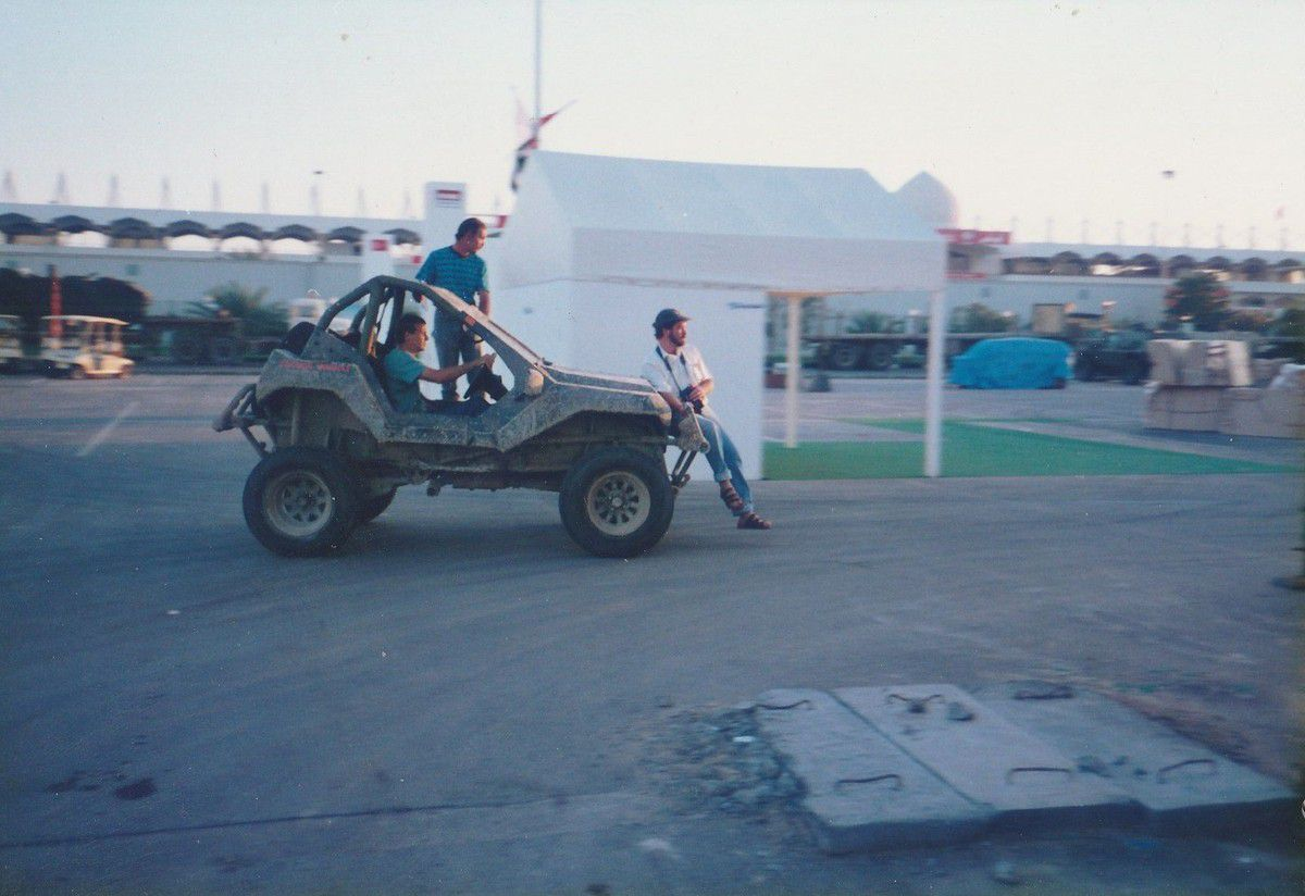 EXLUSIVITÉ - LES RENDEZ-VOUS DE LA REINE en compagnie d'un ROTRAX 4X4  &quot&#x3B;EL MACHO&quot&#x3B;.Voyage au Moyen-Orient, c'était en 1995 !