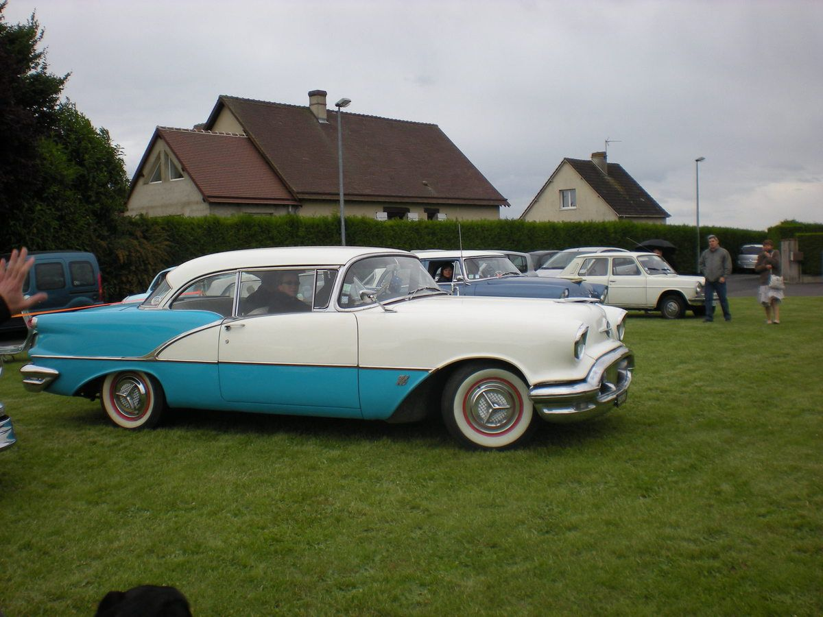 OLDSMOBILE CRUISER - Rencontre
