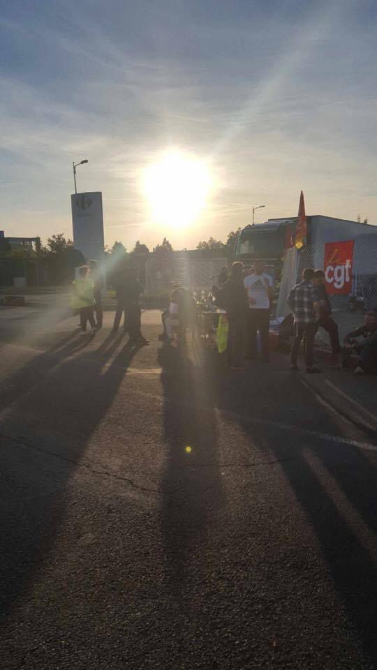 PHOTOS DE LA GREVE DES SITES DE LA LOGISTIQUE