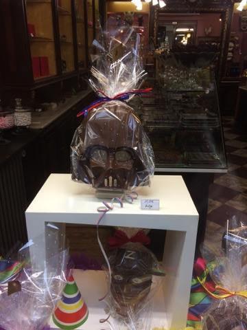 Carnaval en chocolat - Chocolaterie Monet - Fabrication artisanale et vente en ligne