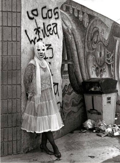 La novia de la muerte @ Emily Hicks (La Pocha Nostra). 1987. Tijuana. photo: Michael Schnorr