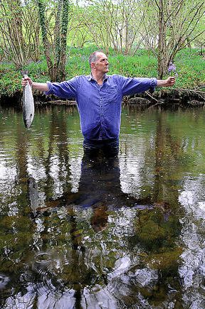 Standing in the Penklin Burn Clutching Salmon and Bluebells @ Bill Drummond. photo. Tracey Moberly