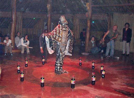 Human model, stuck human @ Bing Lin. 2002. 3d Open Art Festival. Xi'an. Chine