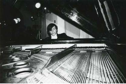 Koncert na fortepian i mistrza @ Zbigniew Warpechowski. 1979. Galeria Sigma. Varsovie. photo. A. Markiewicz