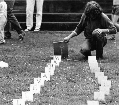 Dialog z Fryderykiem II @ Zbigniew Warpechowski. 1988. Friedrichplatz. Kassel