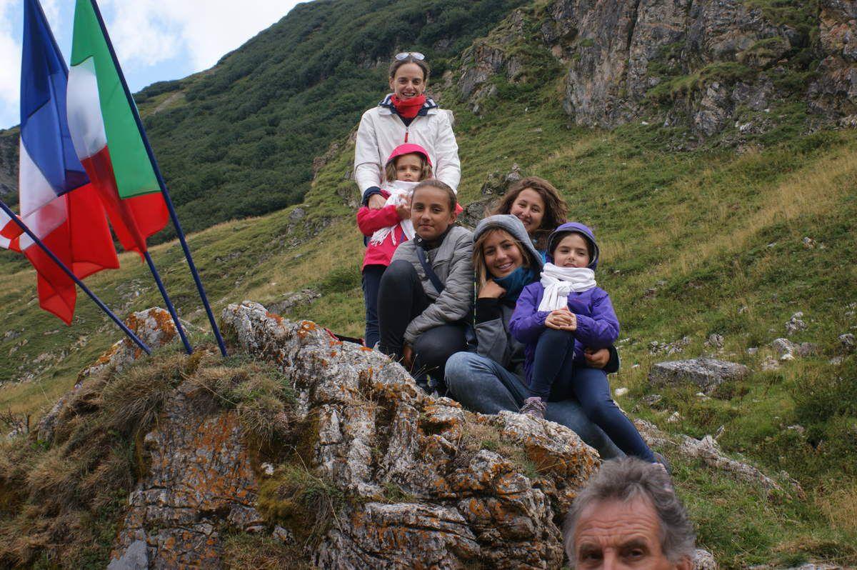 Retrouvailles d'été de la grande famille des héros américains  du B 17 du Mont Blanc