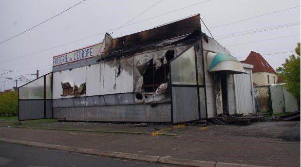 Appel pour feu de baraque à frites à Steenbecque - 14 Décembre 2015 -