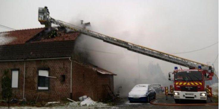 Bailleul : un feu se déclare dans une maison , route de Steenwerck - 7 mars 2016 -