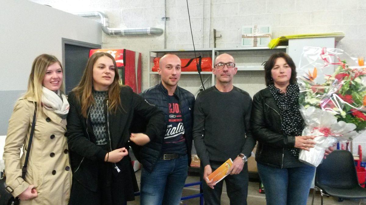 Le &quot&#x3B;pot&quot&#x3B; du départ de Didier Montuy, le boute en train des pompiers d'Hazebrouck