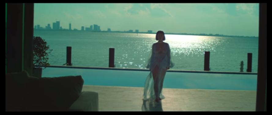 Clip : Harmony Korine dirige Rihanna pour 'Needed me'