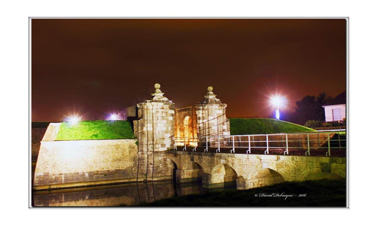 Gravelines : porte de Dunkerque ou aux boules