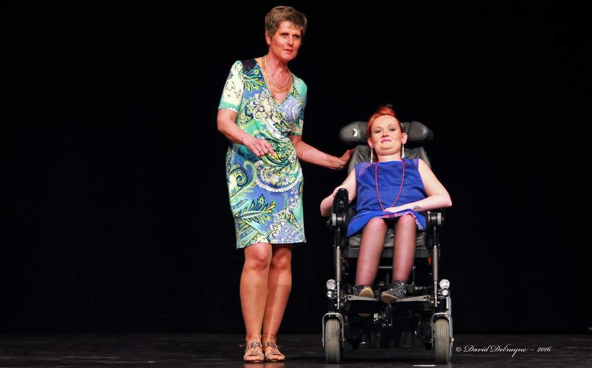 L'handicap n'est pas une fatalité, on peut être handicapé et top modèle