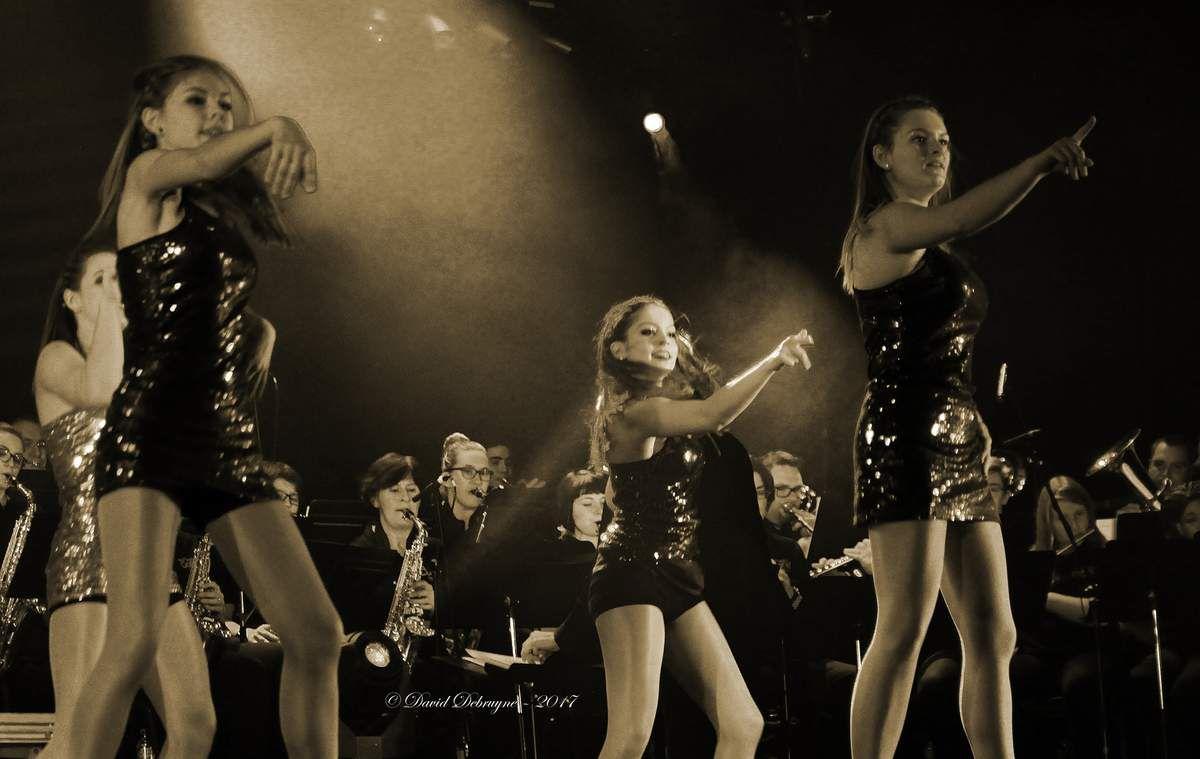 Concert spectacle du marching Band et les demoiselles de Saint Pol sur Mer du 29-01-2017
